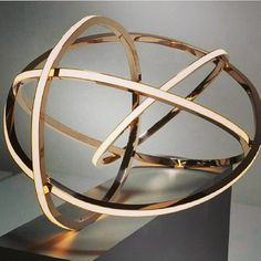 ✨Beautiful lighting fixture✨ #ilovethis #lighting #interiordesign #gold #pendant #architecture #ceiling #lightingfixture #glam #beautiful #sphere #home #design #inspiration