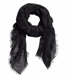Rather Natty Scarf for €8   H&M IE