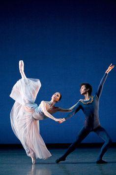 Elisha Willis and César Morales in Serenade; photo: Bill Cooper