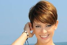 Znalezione obrazy dla zapytania dorota gardias fryzura