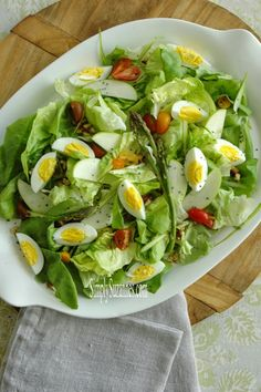 Simply Suzanne's AT HOME: a Spring-inspired salad . . . and a simple honey vinaigrette recipe