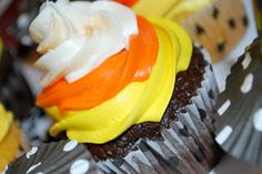 Cute cupcakes for Halloween or Fall