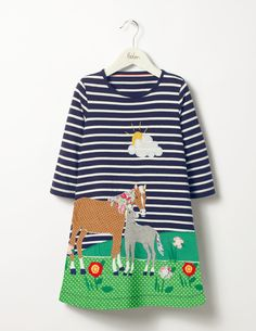 Comfort and cuteness right here for my mini.   Dance, jump and skip around the park in this roomy swing dress. The relaxed fit and 100% cotton fabric make it extra comfortable, while appliqué woodland scenes on a gloriously stripy background mean it's perfect for parties.