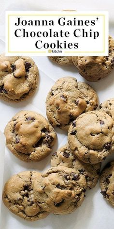Joanna Gaines Perfect Chocolate Chip Cookies Recipe Her recipes for biscuits magnolias pie and cupcakes are legendary but what about baking classics like these beautiful. Perfect Chocolate Chip Cookie Recipe, Chocolate Cookie Recipes, Choclate Chip Cookies, Chunky Chocolate Chip Cookies, Christmas Chocolate Chip Cookies, Fluffy Chocolate Chip Cookies, Best Cookie Recipes, Recipes With Chocolate Chips, Choc Chip Cookies Recipes