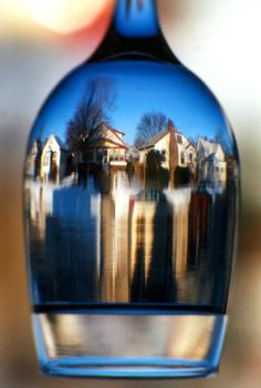Google Image Result for http://images.betterphoto.com/0019/0409022026051wine_glass.jpg