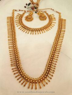 South indian bridal jewellery sets Ideas for 2019 Kerala Jewellery, South Indian Bridal Jewellery, Temple Jewellery, Jewellery Box, Indian Jewelry, Antique Jewellery Designs, Gold Earrings Designs, Gold Jewellery Design, Antique Jewelry