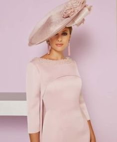 Veni Infantino Mother of the Bride Dresses from Vanity Fair. Glamour and style mixed with high quality fabrics make these dresses a very popular choice. Mother Of The Bride Fashion, Mother Of The Bride Hats, Mother Of Bride Outfits, Mother Of Groom Dresses, Mothers Dresses, Mother Bride, Mob Dresses, Bride Dresses, Wedding Dresses