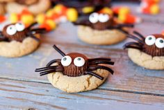 Black liquorice legs and candy eyes turn a peanut butter cup into a cute spider, made even yummier sitting on top of a peanut butter cookie. This creation from Confessions of a Cookbook Queen is guaranteed to impress your kiddos! Get the full recipe here. Source: Confessions of a Cookbook Queen