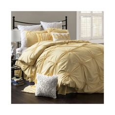 love this mellow yellow comforter
