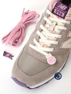 [Japan edition] New Balance 996 liberty print by Earth Music & Ecology Women Size: 23.0cm, 24.0cm, 25.0cm  US$116  #sneakers #Newbalance #libertyprint #Japan #fashion #shop #buy #pink