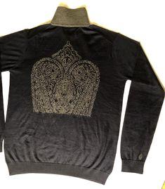 Shava Gentlemen Bespoke Cashmere. Custom made pure Cashmere pullover. Shava Creation Switzerland www.shava.ch