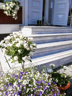 A fairytale wedding & a Swedish interior designer's country cottage Swedish Interiors, Wooden Steps, Steps Design, Swedish Style, Front Entrances, Garden Planning, The Real World, Curb Appeal, Interior And Exterior