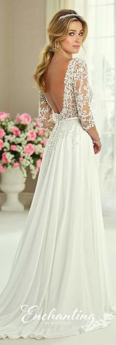 Open back. Lace detail. So beautiful.