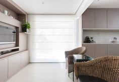 Mini estar integrada com sala de almoço | Projeto by Dani Momoi Arquiteta