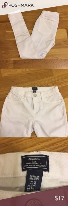 Gap kids white jeans in EUC - bundle and save! Stark white.  Hardly worn. GAP Bottoms Jeans