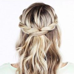 Hair inspiration for everyday or your big day image via Pinterest #hair #weddinghair #blonde #brideshair #bridal #onefineday