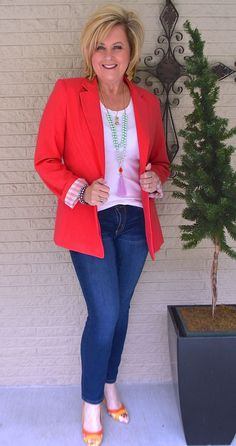 50 IS NOT OLD | T-SHIRT AND JEANS SERIES, PART THREE   Coral | Blazer | Statement Shoes | Fashion over 40 for the everyday woman