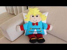 Vamos fazer? Uma linda almofada em 3 D do pequeno Príncipe .