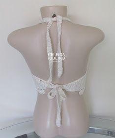 Cropped frente única em crochê, super prático e muito elegante, para aproveitar ao máximo o verão!   Tamanho P. Para tamanhos maiores aume...