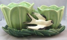 Vintage McCoy Green Double Tulip Planter with Bird by on Etsy Mccoy Pottery Vases, Hull Pottery, Pottery Marks, Roseville Pottery, Vintage Planters, Ceramic Planters, Ceramic Vase, Vintage Pottery, Vintage Ceramic