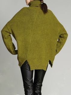 Yellow Asymmetric High and Low Fashion Cropped Sweater