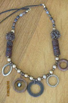 Five circles necklace.  SOLD www.etsy.com/shop/casanoni