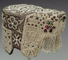 Jewelled pearl kokoshnik from the Museum of Fine Arts in Boston.