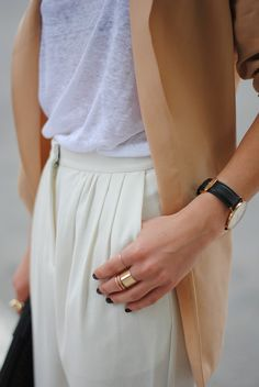 High waisted trousers, tan blazer, gold accents | via Backbone