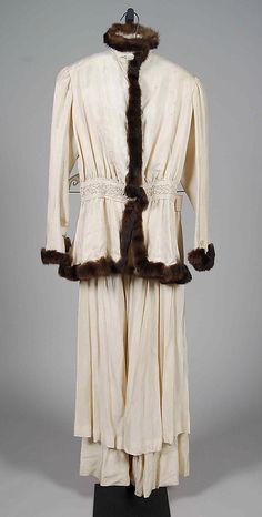 Afternoon suit Date: 1914–15 Culture: British Medium: Silk, fur Accession Number: 2009.300.6954a–c