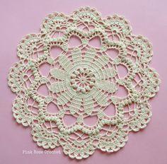 27 Best Ideas for crochet coasters flower blankets Crochet Mittens Pattern, Crochet Mandala, Crochet Flower Patterns, Filet Crochet, Crochet Motif, Crochet Flowers, Lace Doilies, Crochet Doilies, Crochet Lace