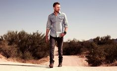Dierks Bentley Joins Blake Shelton for Second Annual Tree Town Music Festival Memorial Day Weekend 2015