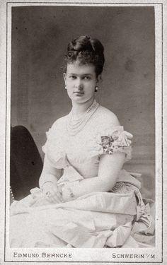 Duchess Marie of Mecklenburg-Schwerin, Grand Duchess Maria Pavlovna of Russia…