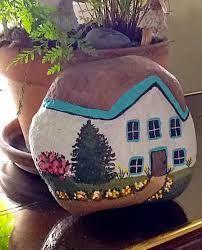 a painted fairy garden house! - Decoration Fireplace Garden art ideas Home accessories Pebble Painting, Pebble Art, Stone Painting, Fairy Garden Houses, Garden Art, Rock Painting Ideas Easy, House On The Rock, Art N Craft, Hand Painted Rocks