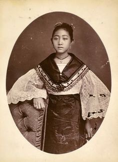 Filipino Art, Filipino Culture, Filipino Tribal, Vintage Photographs, Vintage Photos, Philippine Women, Philippine Fashion, Filipino Fashion, Philippines Culture