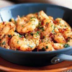 Atkins Popcorn Garlic Shrimp; 1 lb shrimp, 14 cup olive oil, 3 garlic cloves, 12 tsp red pepper flakes, 12 tsp paprika, 1 tbsp lemon juice, salt, black pepper, 1 tbsp parsley