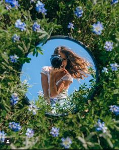 Mirror Photography, Illusion Photography, Photography Ideas At Home, Creative Portrait Photography, Portrait Photography Poses, Cute Photography, Indoor Photography Tips, Children Photography, Portrait Ideas