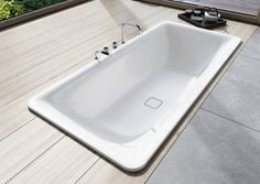 The KALDEWEI INCAVA made of superb steel enamel is a bathtub which is ideally suited to classic built-in installation, yet has an enormously striking presence in the bathroom thanks to its high rim and the generous corner radii. #Kaldewei #Bath