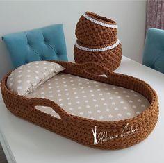 Crochet Bebe, Diy Crochet, Baby Nest, Baby Knitting Patterns, Floor Chair, Material Didático, Children, Handmade, Babys