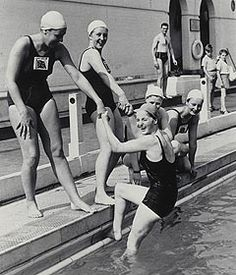 1948 Olympic-ladies swimming team. Add Around The Rings on www.Twitter.com/AroundTheRings & www.Facebook.com/AroundTheRings for the latest info on the #Olympics.