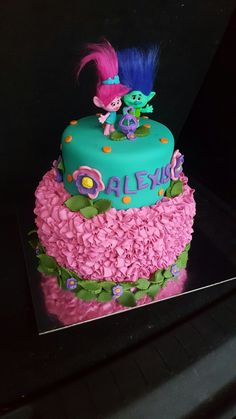 Get on the latest party trend and host a fun and colorful birthday with these 20 Terrific Trolls Party Ideas that everyone will be talking about. 6th Birthday Parties, Birthday Fun, Trolls Birthday Party Ideas Cake, Birthday Ideas, Birthday Cakes, Bolo Trolls, Trolls Cakes, Bolo Fake Eva, Lightning Mcqueen Birthday Cake