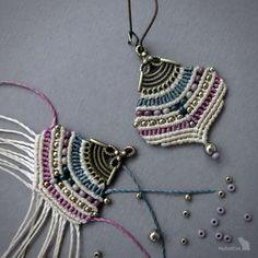 Earrings in macramé style boho gipsy pearls Macrame Earrings Tutorial, Earring Tutorial, Macrame Necklace, Boho Earrings, Earrings Handmade, Crochet Earrings, Silver Earrings, Fringe Earrings, Style Boho