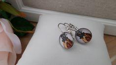 Boucles d'oreille  avec cabochon de verre :yorkshire  steampunk et son chapeau-diamètre 12mm de diamètre-métal sans nickel-cadeau pour elle de la boutique Domidora sur Etsy