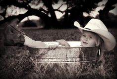 Also just a great photo idea for family pictures. Take one of baby girl like this for her room maybe?