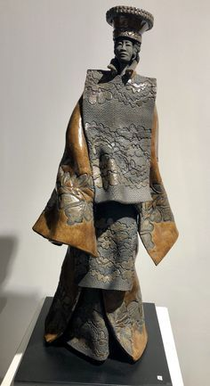 PAUL BECKRICH (CERAMIQUE) - Galerie Rikia FerrerGalerie Rikia Ferrer Ferrat, Art Sculpture, Religion, Bronze, Statue, Sculpture, Pottery Ideas, Colorful Wallpaper, Japanese Language