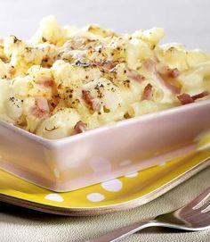 Macaroni met ham, kaas en bloemkool