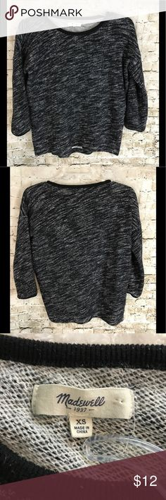 Women's Madewell Black White Sweater Size XS Women's Madewell Black, White Sweater Size XS - Please see photos for measurements to determine fit. It is used. If you have any further questions, please do not hesitate to ask. Thanks for Looking!  Sku# EMP A9-01 Madewell Sweaters Crew & Scoop Necks