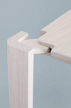 Plug Shelf detail by Steffen Kehrle Ensamble: Madera+Madera Woodworking Joints, Woodworking Projects, Modern Industrial, Industrial Design, Industrial Industry, Design Wood, Design Table, Table Designs, Design Design