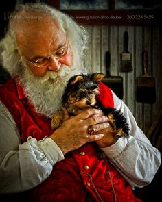 Look for this creation of sweet puppy on Leanin Tree Christmas Cards.Honey Muffin and award winning Santa, Cliff Snider! Christmas Scenes, Christmas Animals, Christmas Cats, Christmas Holidays, Santa Claus Is Coming To Town, Father Christmas, Vintage Christmas Cards, Christmas Pictures, Beautiful Christmas