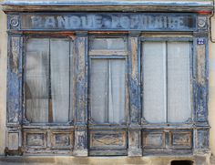 Banque - Bourganeuf (23) - France Stairs And Doors, Windows And Doors, Brick Paper, French Boutique, Boutiques, Building Photography, Shop Fronts, Old Building, Old Doors