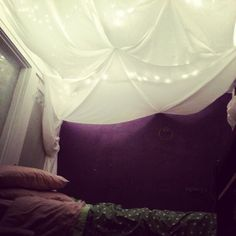 Put twinkle lights on ceiling, cover with fabric, drape fabric and twinkle lights down the side of the wall in the corners where the bed is. Therapy Office Decor, Fabric Ceiling, Basement Inspiration, Tent Design, Diy Canopy, Dropped Ceiling, Christmas String Lights, Basement Apartment, Relaxation Room